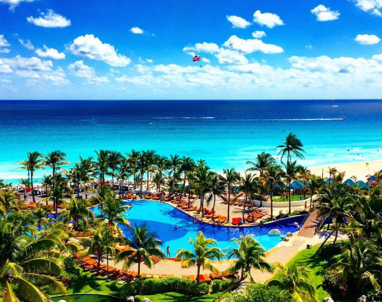 Grand Oasis Cancun >> Cancun Here I Come Staying At The Grand Oasis Cancun Pixie Dust